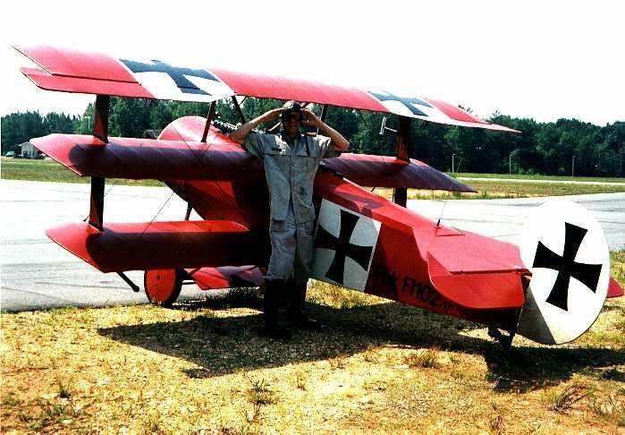 Steampunk en la Primera Guerra Mundial - Página 3 Fokker-dr1triplane